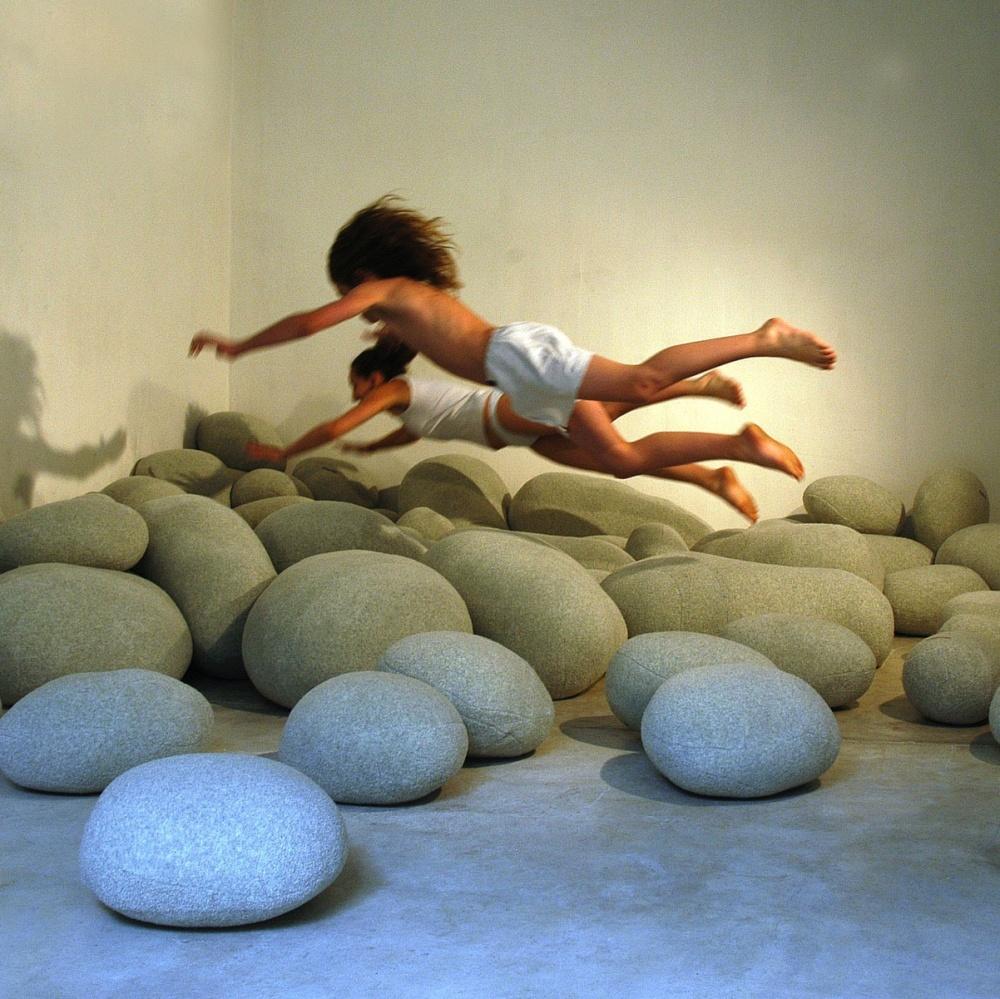 piedras sofa